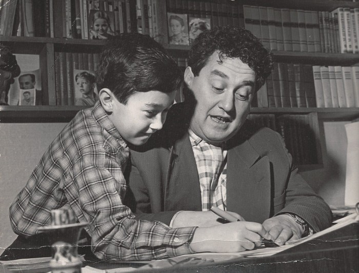 Виктор Драгунский с сыном Денисом. / Фото: www.mycdn.me