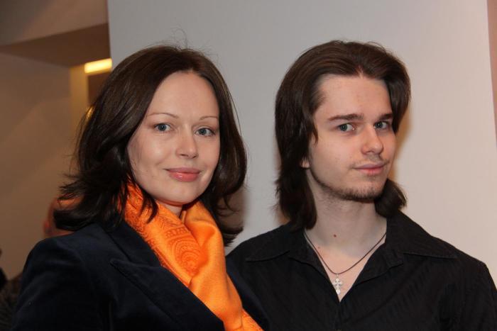 Ирина Безрукова с сыном. / Фото: www.mamsy.ru