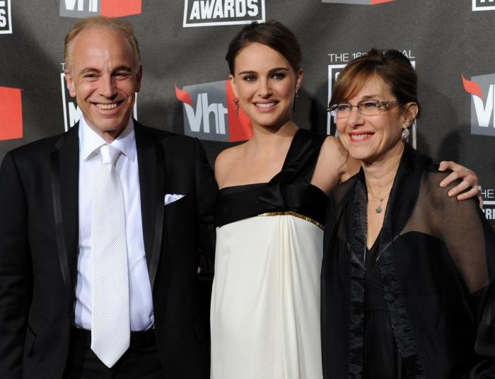 Натали Портман с родителями. / Фото: www.blogspot.com