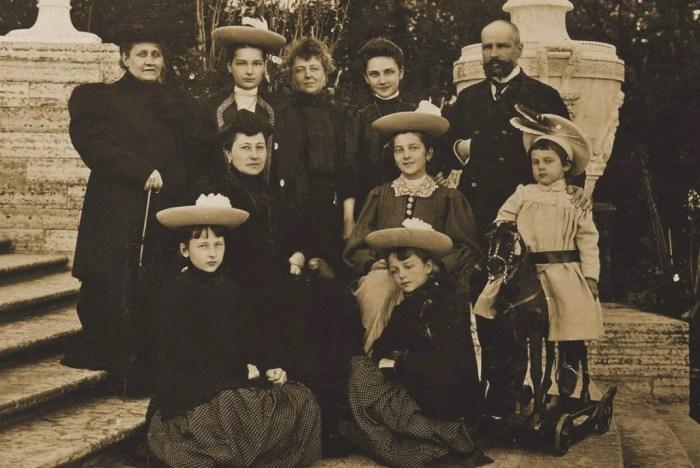 Пётр Аркадьевич Столыпин со своей семьей. 1907 г. / Фото: www.e-reading.club