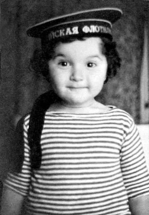 Юлий Гусман в детстве. / Фото: www.1news.az