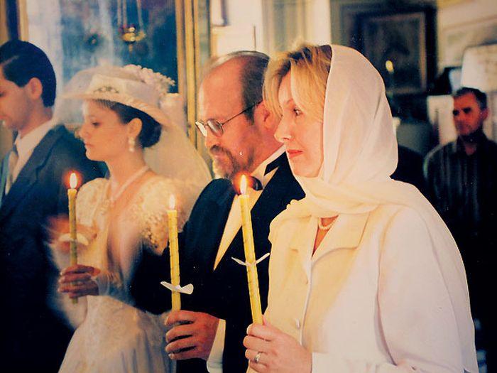Владимир Хотиненко и Татьяна Яковлева венчались в церкви. / Фото: www.tele.ru