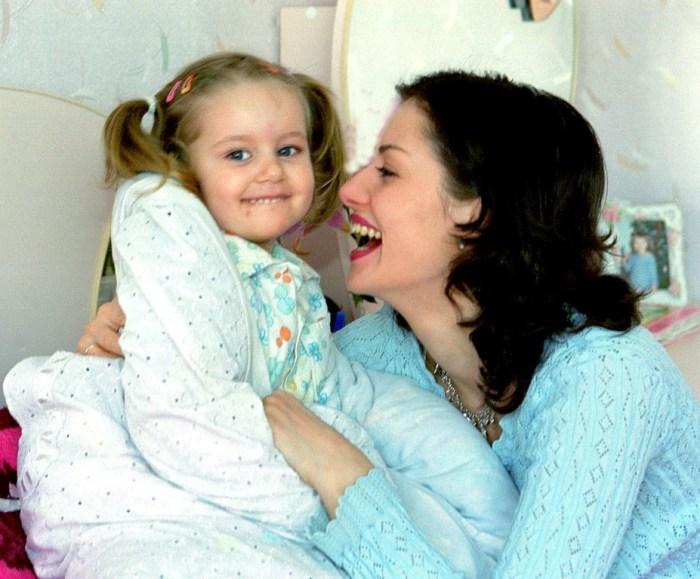 Анна Ковальчук с дочерью. / Фото: www.max-pix.com