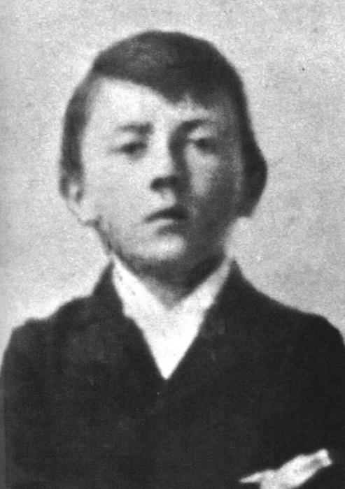 Адольф Гитлер в детстве. / Фото: www.extrastory.cz