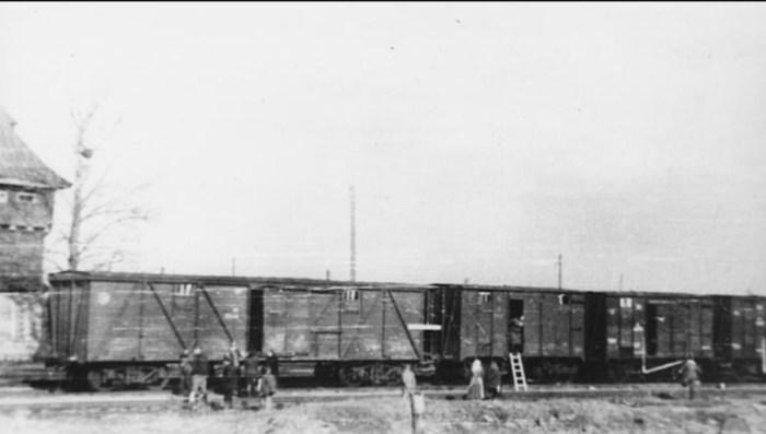 Операция «Прибой» началась в 4 утра 25 марта 1949 года. / Фото: www.dw.com