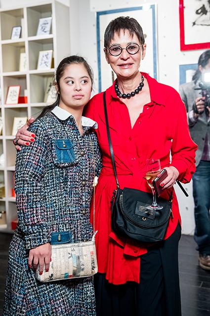 Ирина Хакамада с дочерью. / Фото: www.spletnik.ru