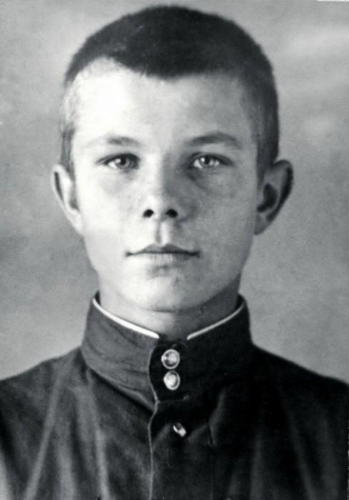 Юрий Гагарин в детстве. / Фото: www.obshe.net