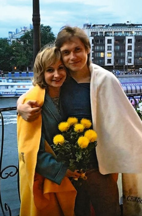Ольга Прокофьева с сыном. / Фото: www.utnews.ru