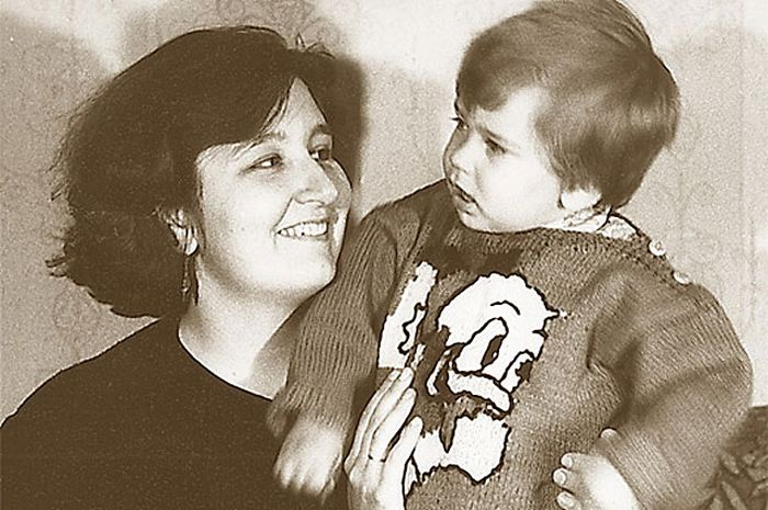 Татьяна Устинова с сыном. / Фото: www.muzh-zhena.ru