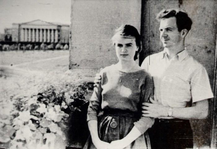 Марина Прусакова и Ли Харви Освальд в Минске. / Фото: www.travelphoto.club