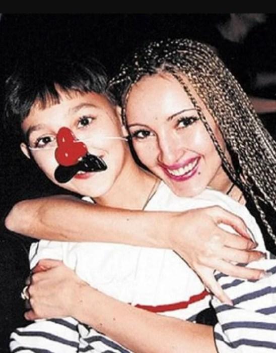Лера Кудрявцева с сыном. / Фото: www.yandex.net