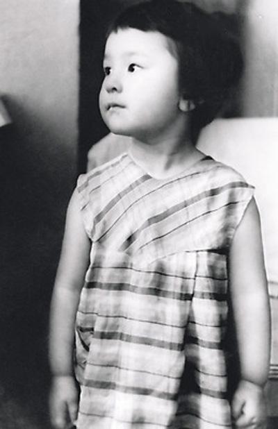 Ирина Хакамада в детстве. / Фото: www.alshatalov.ru