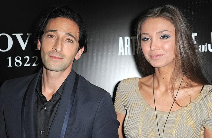 Эдриен Броуди и Лариса Тяка. / Фото: www.kpcdn.net