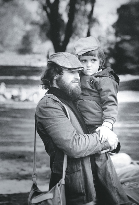 Владимир Хотиненко с сыном. / Фото: www.sb.by