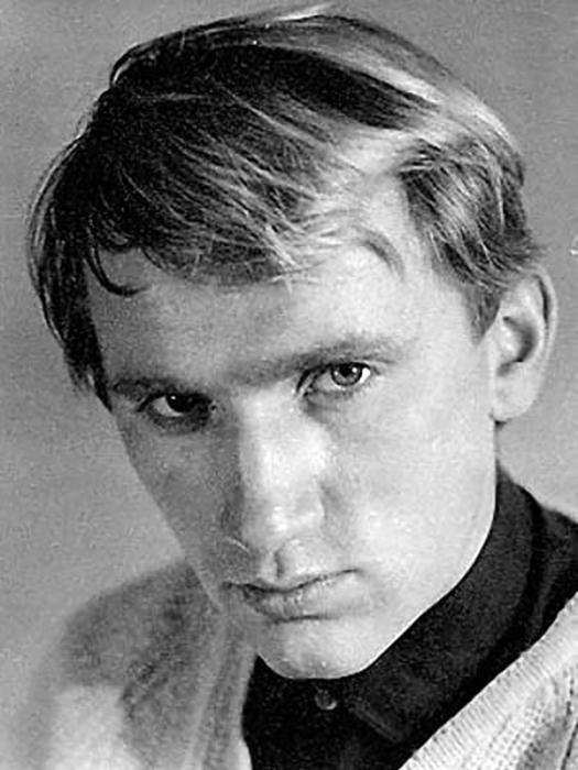 Валерий Баринов в юности. / Фото: www.1tv.ru