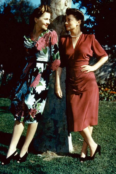 Оливия де Хэвилленд и Джоан Фонтейн. / Фото: www.yandex.net