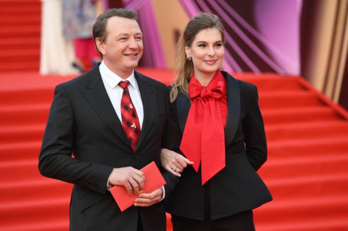 Марат Башаров и Елизавета Шевыркова. / Фото: www.imgur.com