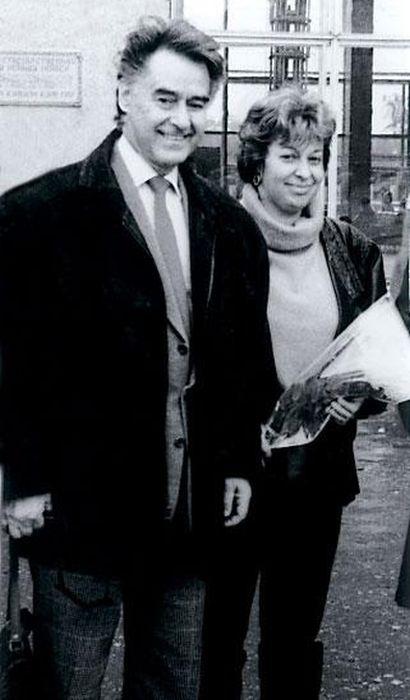 Андрей Дементьев и Анна Пугач в командировке. / Фото: www.booksonline.com.ua