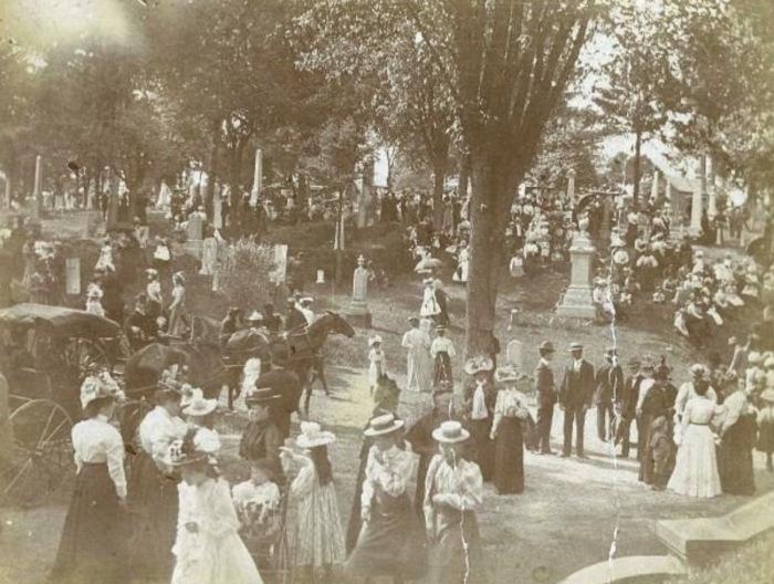 Историческое изображение Лесного кладбища в Дейтоне, штат Огайо. / Фото: www.chandler.on.ge