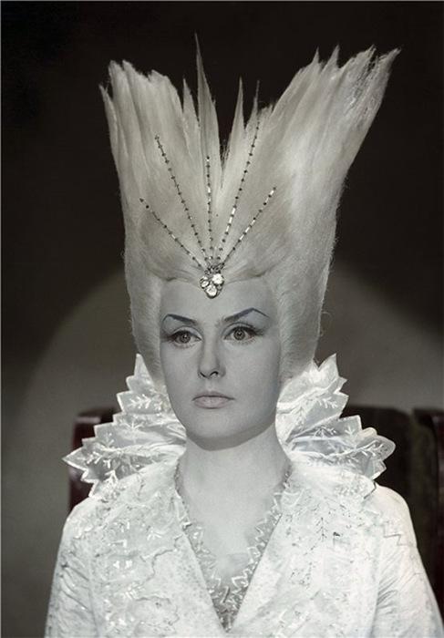 Наталья Климова в роли Снежной королевы. / Фото: www.livejournal.com