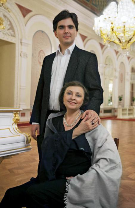 Людмила Семеняка с сыном Иваном. / Фото: www.liveinternet.ru
