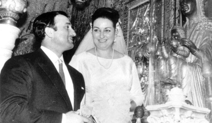 Монсеррат Кабалье и Бернабе Марти в день венчания. / Фото: www.tu-baginya.pw