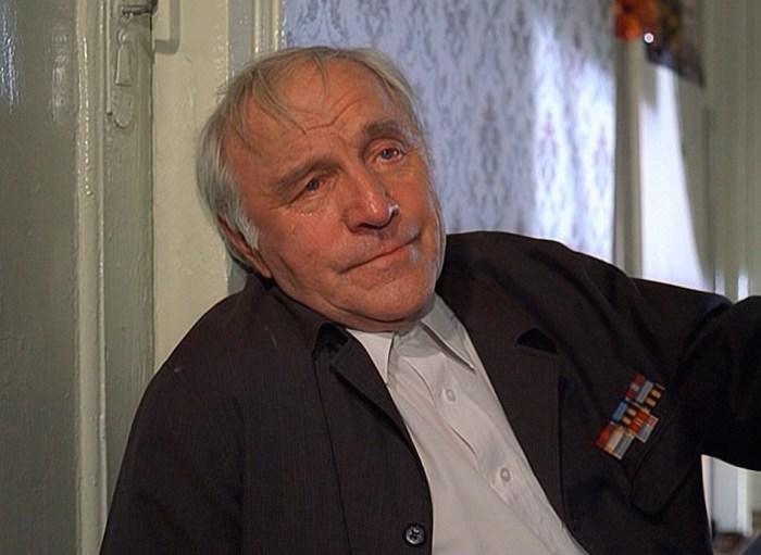 Кадр из фильма «Ворошиловский стрелок». / Фото: www.keep4u.ru