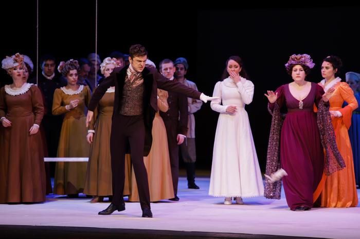 Сцена из оперы «Евгений Онегин» Петра Чайковского. / Фото: www.cultura24.ru