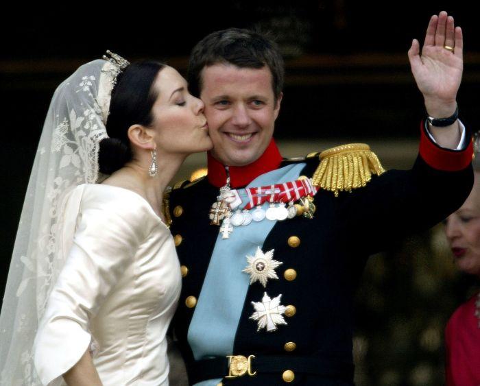 В день бракосочетания. / Фото: www.netinfo.bg