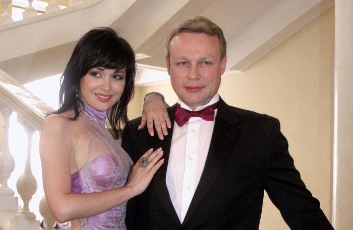 Анастасия Заворотнюк и Сергей Жигунов. / Фото: www.russianshowbiz.info