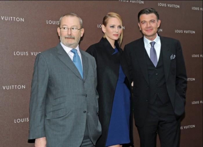 Умма Турман, Патрик-Луи Виттон и Бенуа-Луи Виттон позируют во время открытия нового магазина французского бренда Louis Vuitton. / Фото: www.peru.com