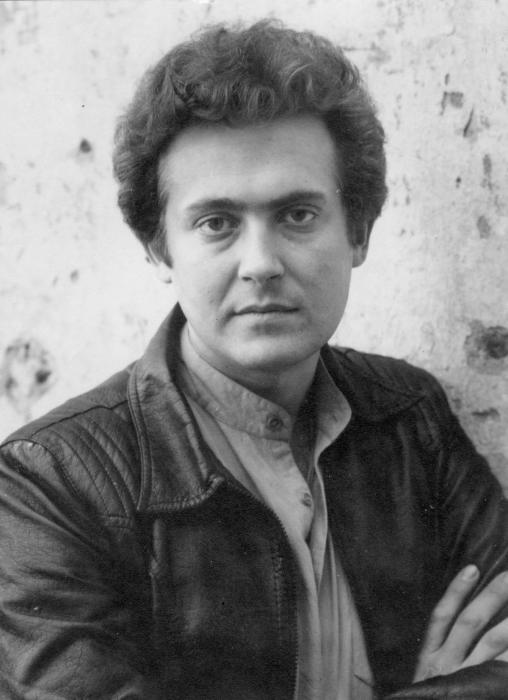 Юрий Стоянов в молодости. / Фото: www.ampravda.ru