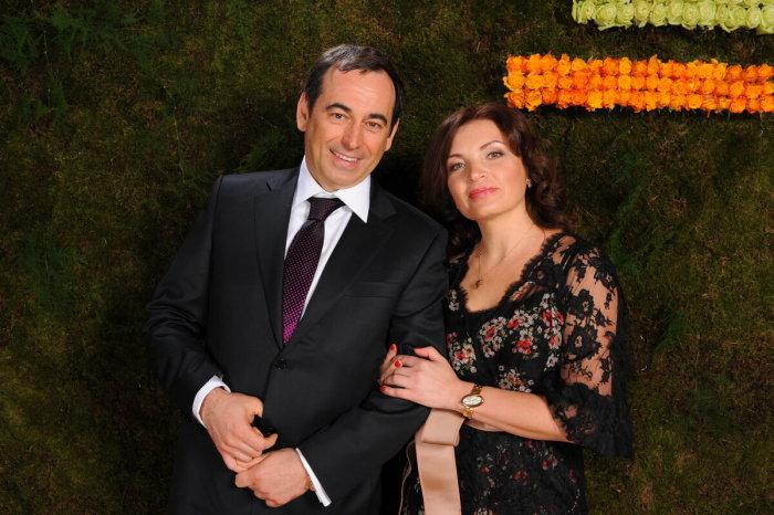 Роман Авдеев с женой Еленой. / Фото: www.yandex.net