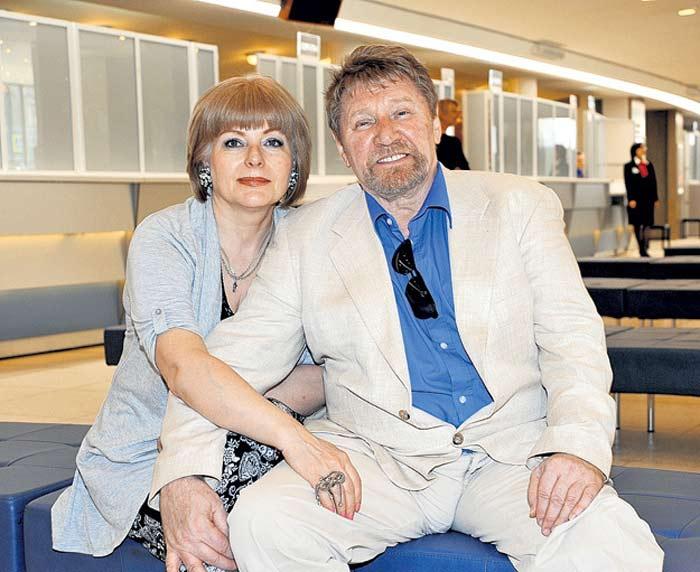 Семён Морозов с женой Светланой. / Фото: www.stuki-druki.com
