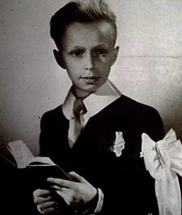 Пьер Ришар в детстве. / Фото: www.yandex.net