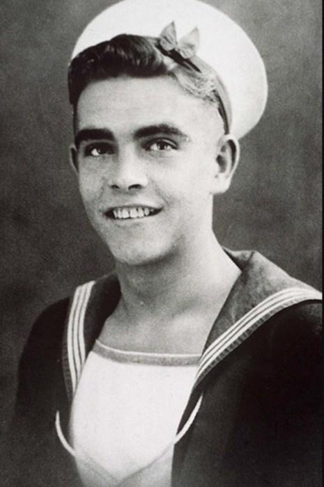 Шон Коннери во время службы на флоте. / Фото: www.safereactor.cc