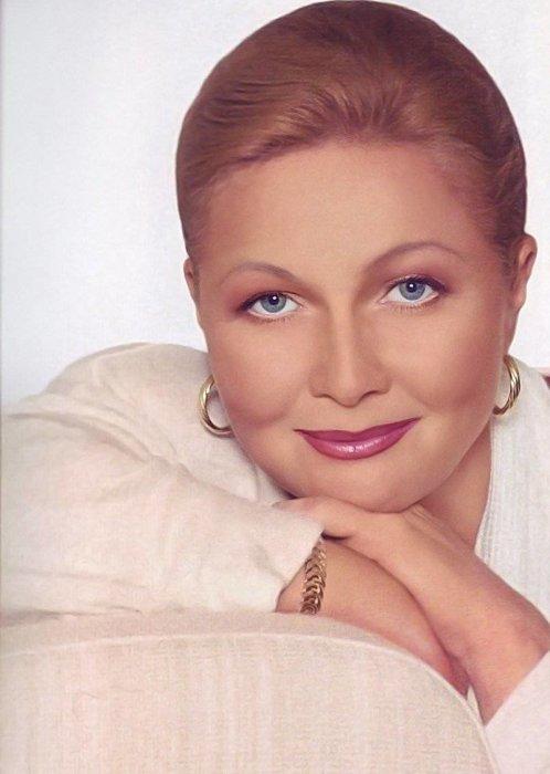 Наталья Гундарева. / Фото: www.yandex.net