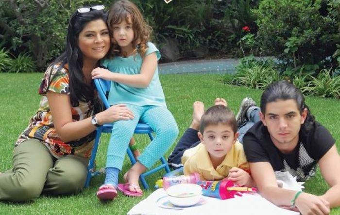 Виктория Руффо с детьми. / Фото: www.instagram.com