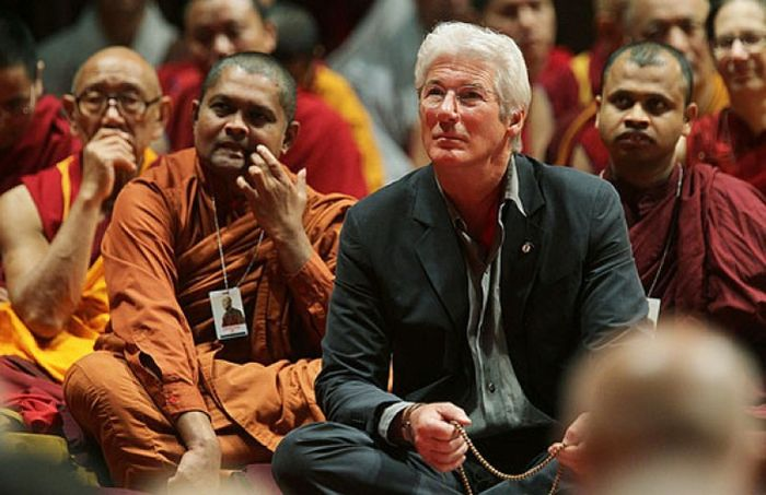 Ричард Гир с юности исповедует буддизм. / Фото: www.liveinternet.ru