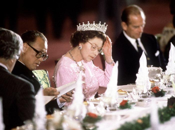 Елизавета II. / Фото: www.marieclaire.ru