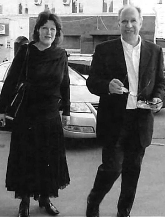 Александр Феклистов с женой. / Фото: www.yandex.net