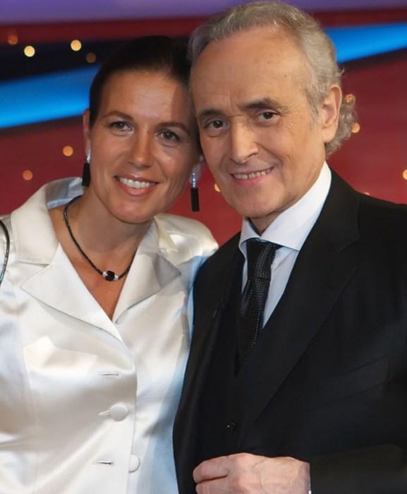Хосе Каррерас и Джутта Джаггер. / Фото: www.colors.life