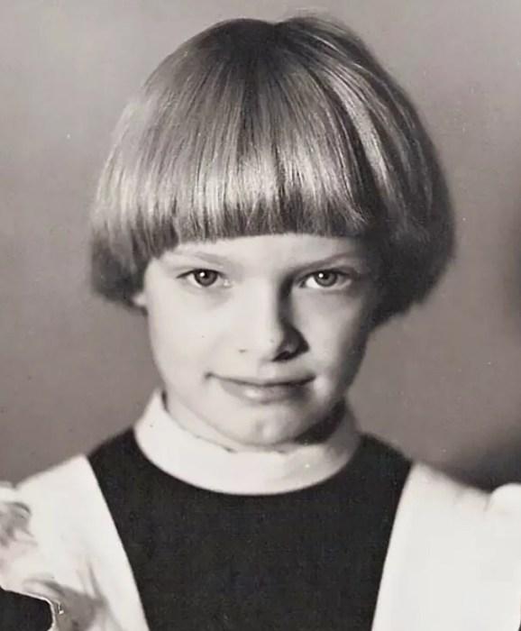 Ольга Копосова в детстве. / Фото: www.yandex.net