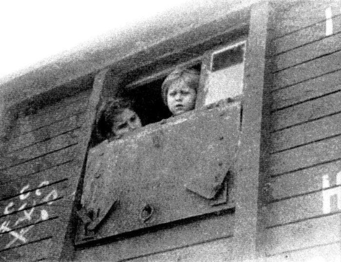Депортировались целые семьи, вместе с маленькими детьми. / Фото: www.delfi.ee