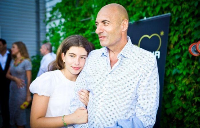 Игорь Крутой с дочерью. / Фото: www.kleo.ru