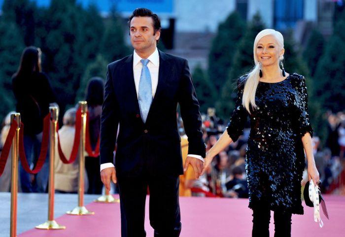 Сергей Астахов и Елена Корикова. / Фото: www.getbg.net