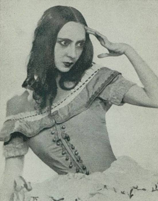 Ольга Спесивцева. / Фото: www.dansesaveclaplume.com