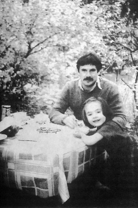 Павел Чухрай с дочерью Анастасией. / Фото: www.tatler.ru