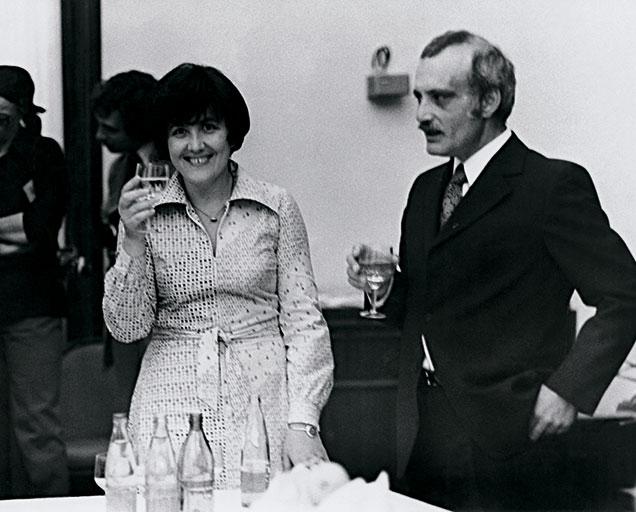 Виктория Токарева и Георгий Данелия. / Фото: www.e-libra.ru