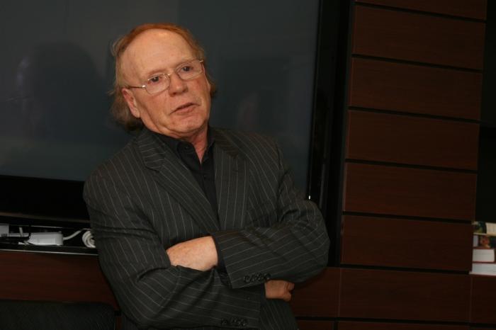 Эдвард Радзинский. / Фото: www.kudago.com